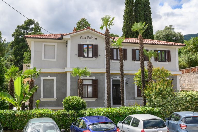 """""""Villa Salona"""" as the #1 accommodation choice per Booking.com in 2020."""